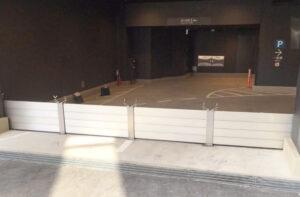 地下駐車場 入口